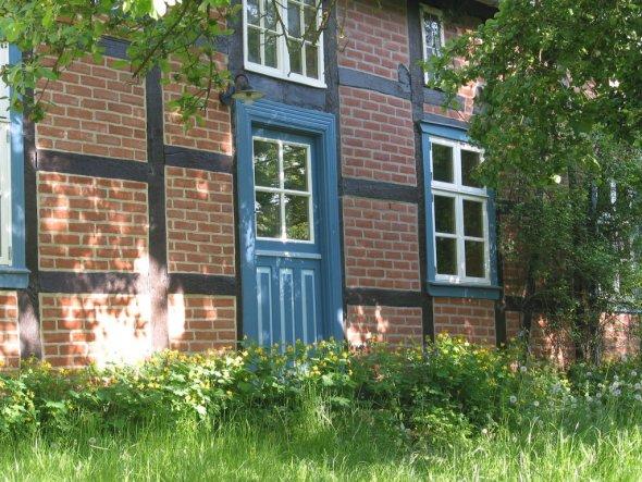 Hausfassade / Außenansichten 'unser zuhause im sommer'