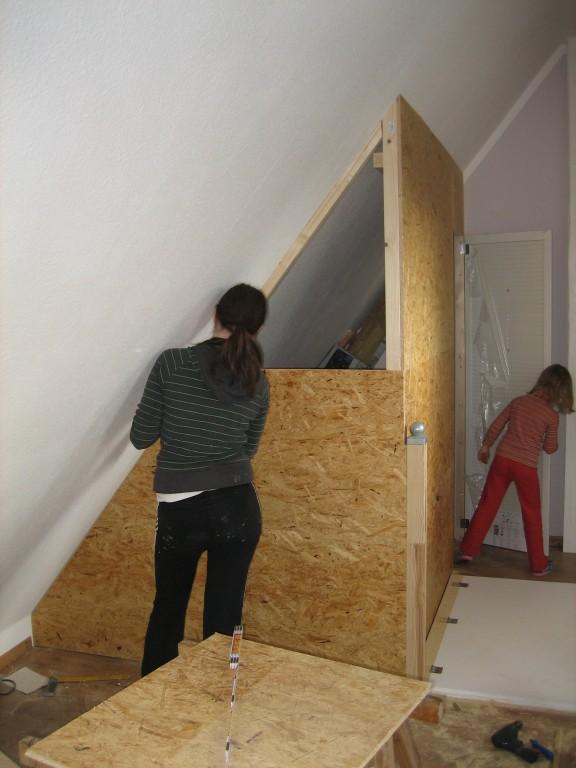 treppe dekor kleine home design ideen. Black Bedroom Furniture Sets. Home Design Ideas