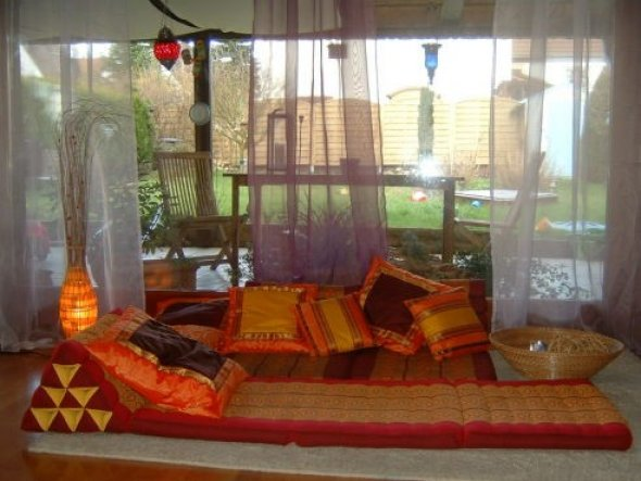 Wohnzimmer 39 wohnzimmer 39 mein domizil zimmerschau for Kissen orientalischen stil