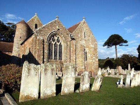 Ein wunderschöner, uralter Friedhof auf der Kanalinsel Jersey....ich war vor einigen Jahren dort