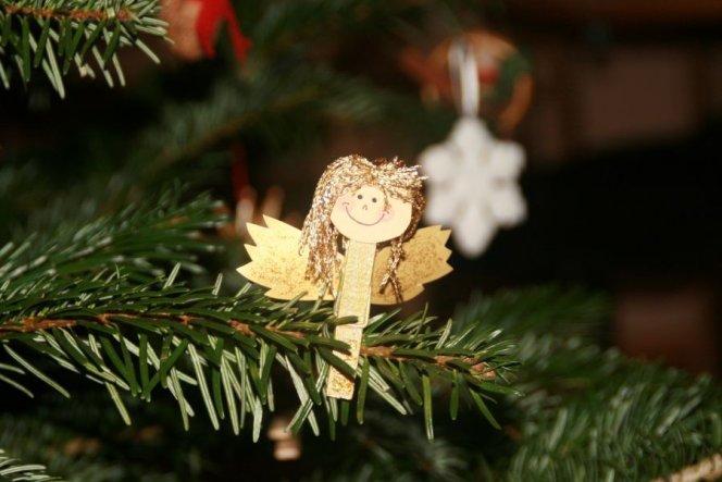 selbstgebastelter Weihnachtsbaumschmuck