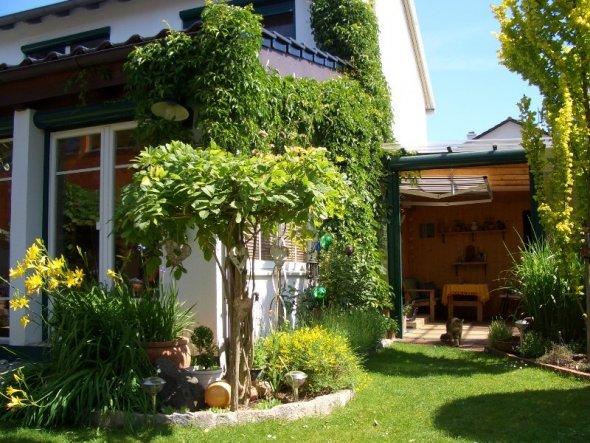 Hausfassade / Außenansichten 'Ein schöner Rücken....'