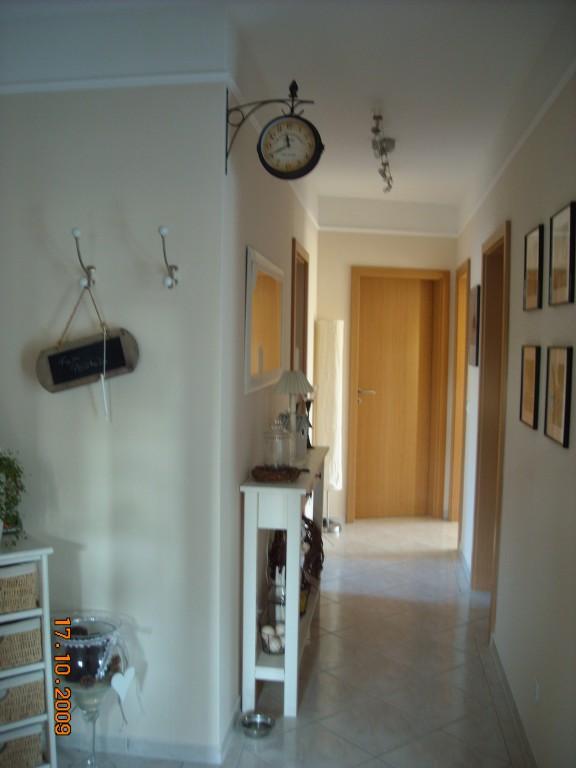 deko langer flur 023942 neuesten ideen f r die. Black Bedroom Furniture Sets. Home Design Ideas