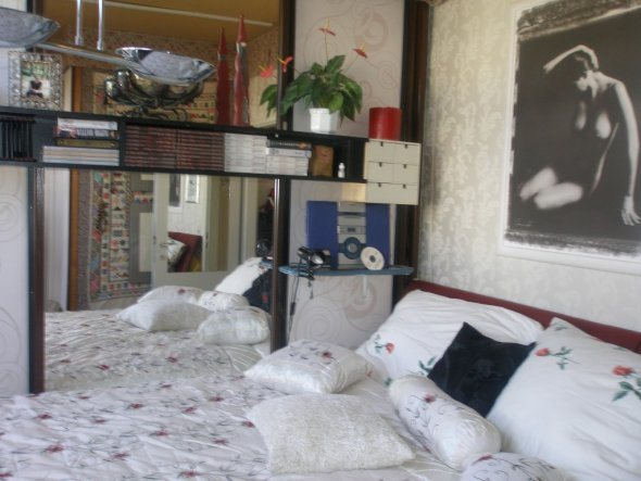 wohnzimmer 39 schlafzimmer kuschelig 39 sturzgasse zimmerschau. Black Bedroom Furniture Sets. Home Design Ideas
