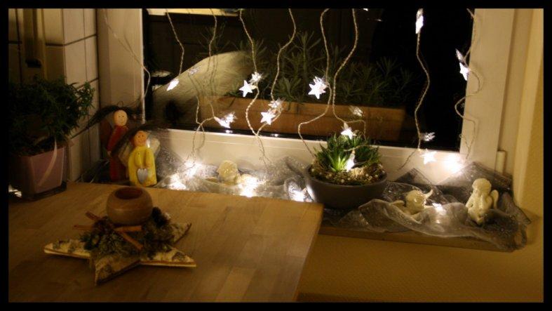 weihnachtsdeko 39 weihnachten 2009 39 unser kleines zu hause zimmerschau. Black Bedroom Furniture Sets. Home Design Ideas