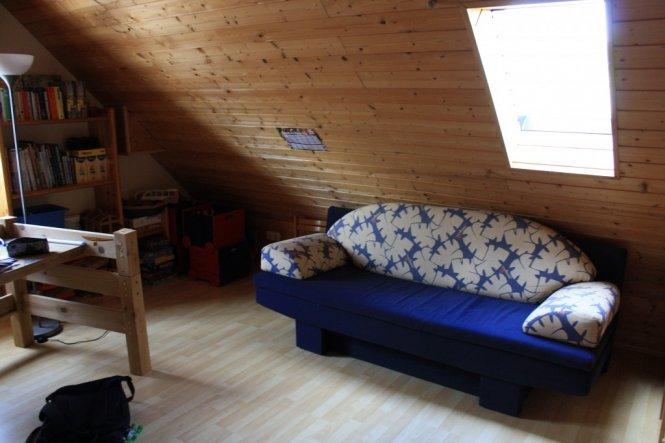 meine neue, alte Schlafcouch, die ist wirklich richtig klasse, 140x200 cm Liegefläche und super Qualität zum schlafen!!