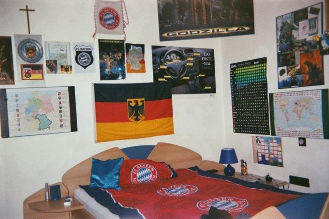 Mein Bett damals.