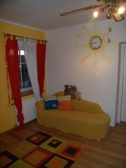 Kinderzimmer 'Kinderwohnzimmer/Spielzimmer im OG'