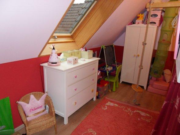Kinderzimmer unser haus von msmudia 2693 zimmerschau for Prinzessin kinderzimmer