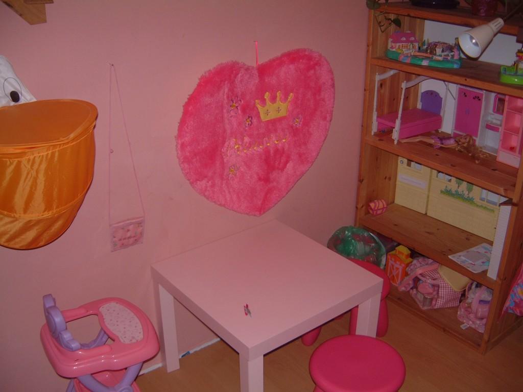 wohnzimmer 39 kinderzimmer 39 meine wohnung brunn zimmerschau. Black Bedroom Furniture Sets. Home Design Ideas