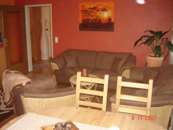Wohnzimmer 39 wohnzimmer 39 mein domizil zimmerschau - Sofa afrika style ...