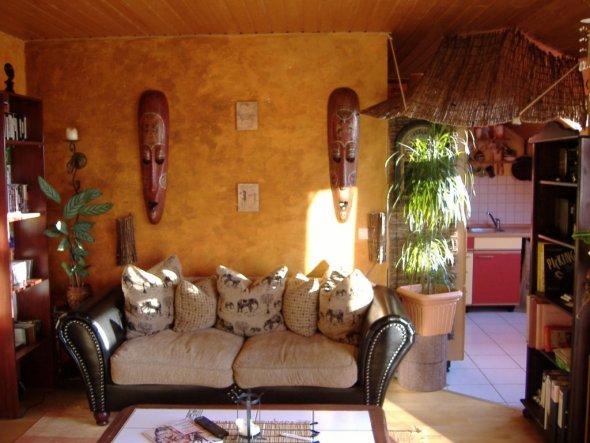 Wohnzimmer 39 wohnbereich 39 wohnen mal anders zimmerschau - Afrika stil wohnzimmer ...