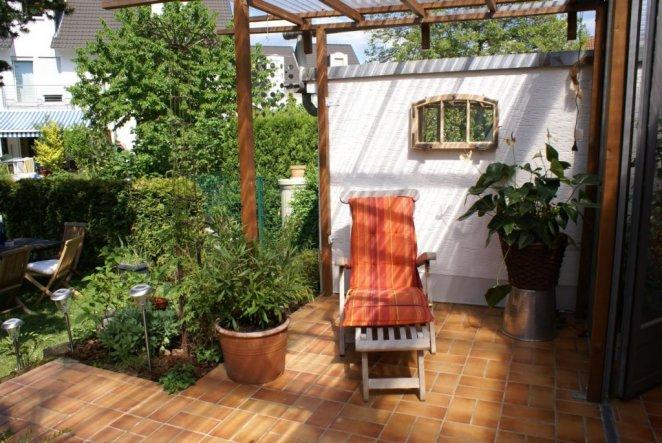 Garten 39 2 wohnzimmer 39 mein domizil kripsi zimmerschau - Spiegel im garten ...