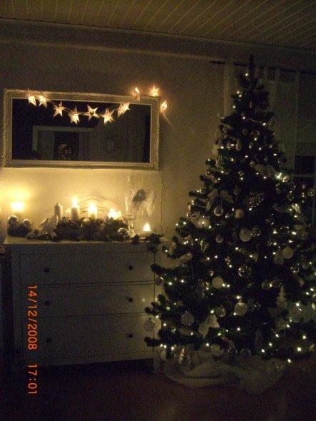 weihnachtsdeko 39 weihnachten im wohnzimmer 39 unser haus. Black Bedroom Furniture Sets. Home Design Ideas
