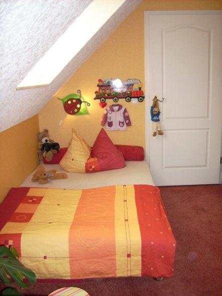 Kinderzimmer 39 lisa s zimmer 39 home sweet home zimmerschau for Sweet zimmer