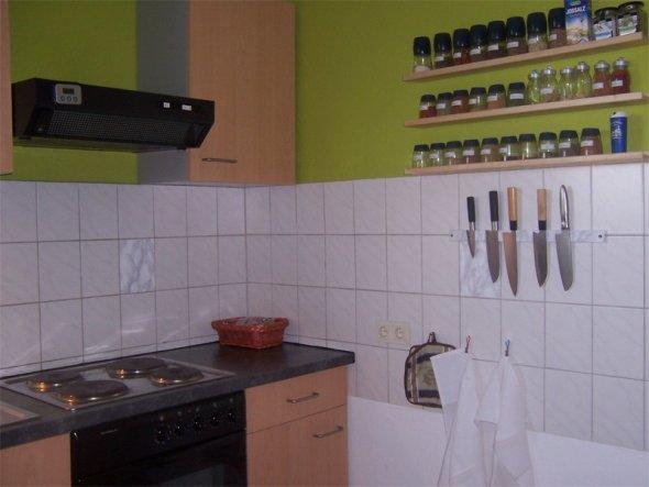 Bei einem guten Koch müssen eben das komplette Gewürzsortiment und scharfe Messer jederzeit griffbereit sein!