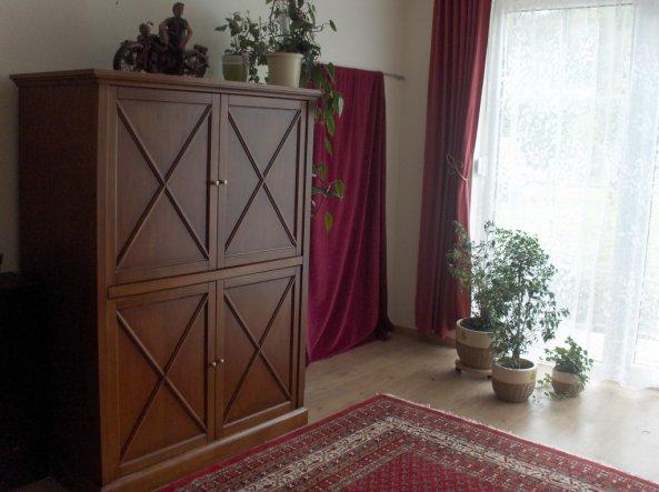 Fernsehschrank zum schließen  Wohnzimmer 'Wohnzimmer' - Anbau für uns - Zimmerschau