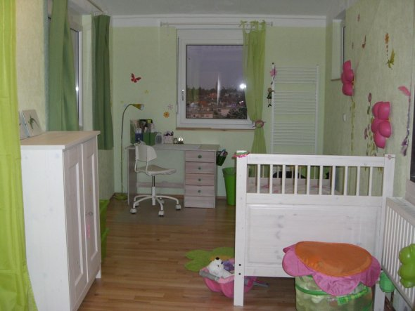 Kinderzimmer 39 kinderzimmer blumenwiese 39 mein for Kinderzimmer wohnideen