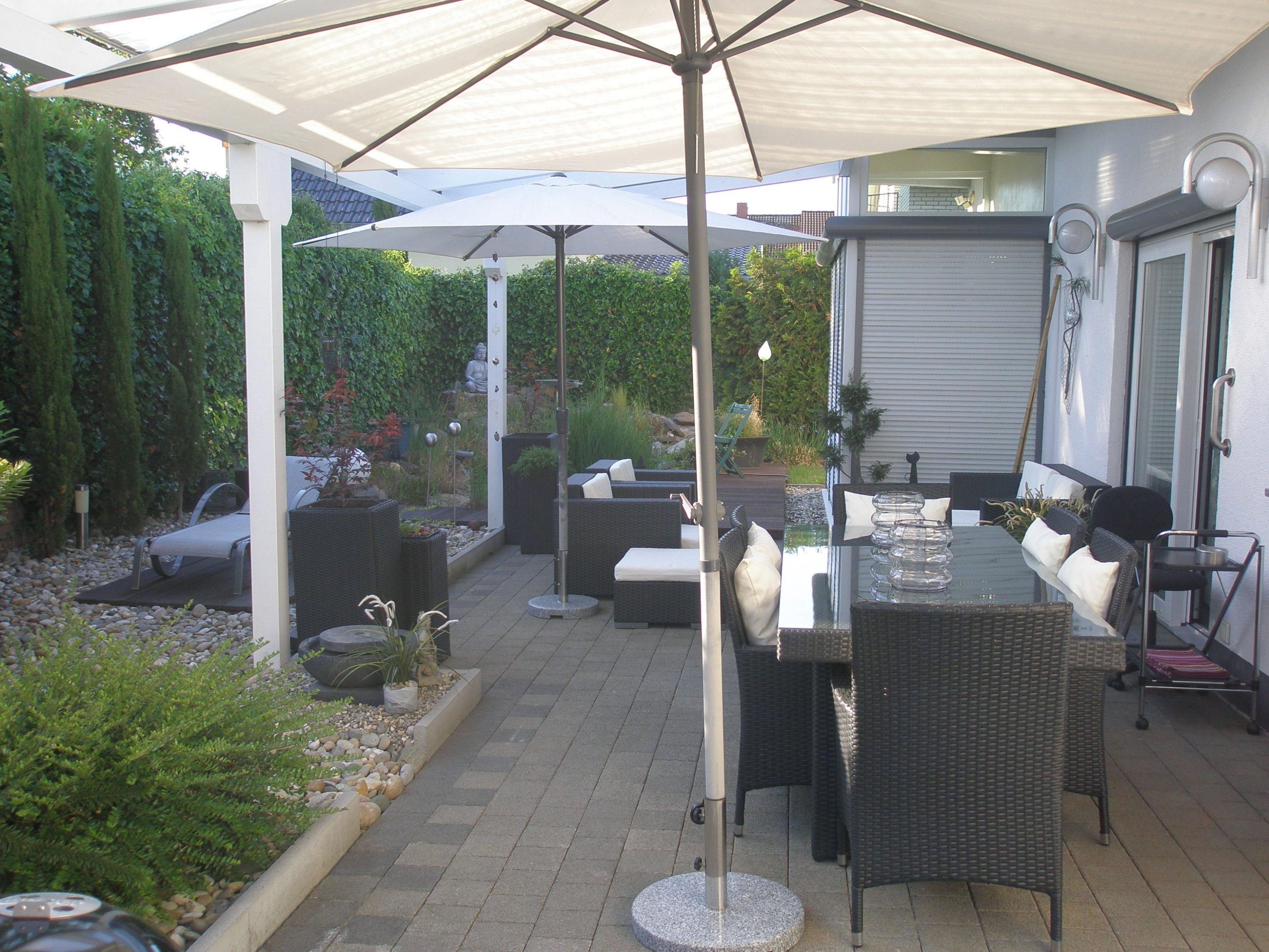 wundersch nen garten terrasse einzigartige ideen zum sichtschutz. Black Bedroom Furniture Sets. Home Design Ideas