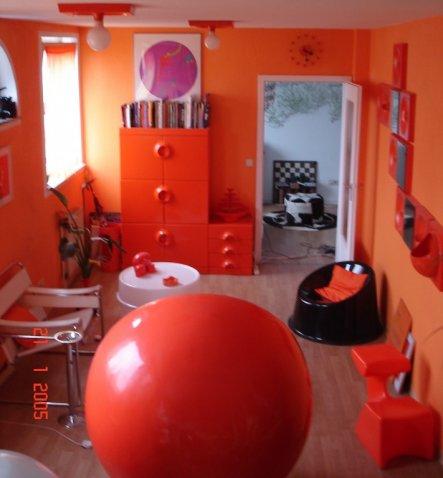 Wohnzimmer 39 wohnraum 39 70er design zimmerschau for Garderobe 70er design