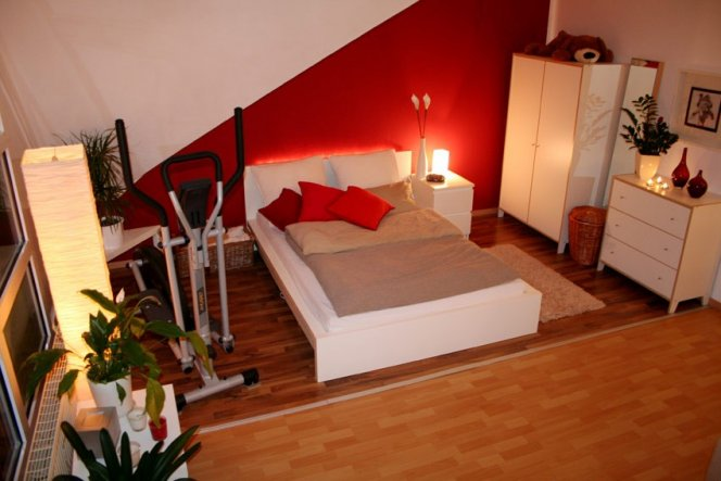 wohnzimmer 39 wohn schlaf und arbeitszimmer 39 mein. Black Bedroom Furniture Sets. Home Design Ideas