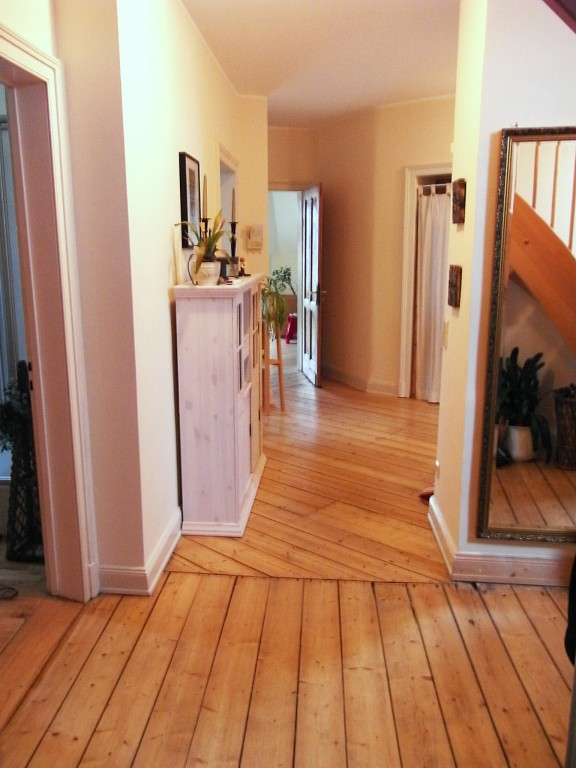 flur diele 39 diele 39 altes domizil traumwohnung im altbau zimmerschau. Black Bedroom Furniture Sets. Home Design Ideas