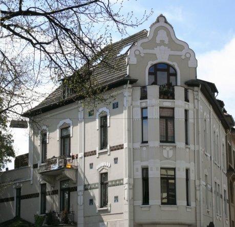 hausfassade au enansichten 39 unser k nigreich unterm dach 39 altes domizil traumwohnung im. Black Bedroom Furniture Sets. Home Design Ideas