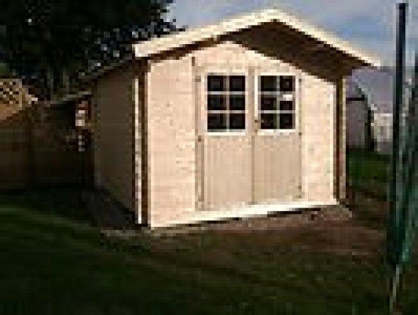 Mein neues Gartenhaus.Aktuelle Bilder folgen noch da es schon gestrichen wurde.