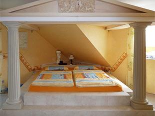bella italia so gelingt der mediterrane einrichtungsstil. Black Bedroom Furniture Sets. Home Design Ideas
